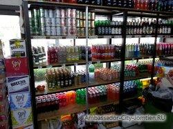Фотогалерея Ambassador City Jomtien Ocean Wing: другая витрина магазина Минимарт на первом этаже