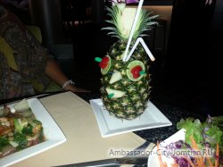 Фотогалерея Ambassador City Jomtien Ocean Wing: типичный тайский коктейл в ресторане гостиницы Океан Винг