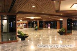 Фотогалерея Ambassador City Jomtien Ocean Wing: фойе гостиницы