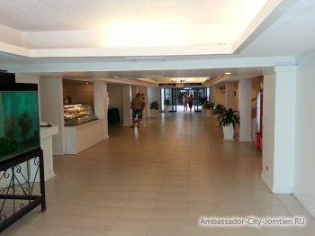 Межкорпусной коридор в гостинице Inn Wing