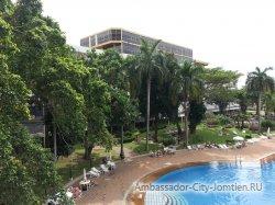 Фотогалерея отеля Ambassador City Jomtien Ambassador Wing 2*: панорамный вид на корпус