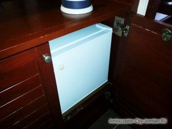 Холодильник в номерах гостиницы