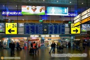 Аэропорт: регистрация на рейс перед полетом в Тайланд