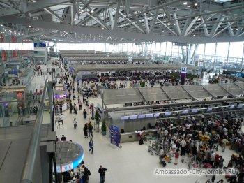 Международный аэропорт Суварнабхуми (Бангкок, Тайланд) - зал вылета