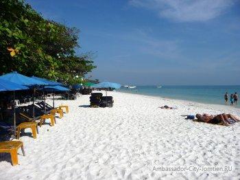 Остров Ко Самет в Тайланде - белоснежный песок