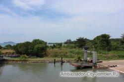 Паромный пирс на переправе до острова Чанг