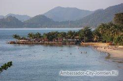 Пляж на западе острова