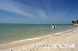 Пляж Кози Бич (Cosy Beach) в Паттайе