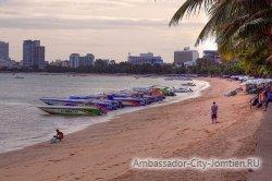 Пляж Донгтан (Dongtan Beach) в Паттайе