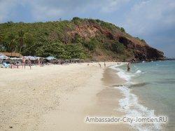 Пляж Манки Бич на Ко Лан
