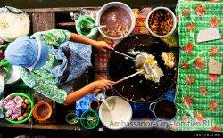 тайская кухня на плавучем рынке в Паттайе