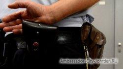 """Грабитель в полицейской форме """"чистит"""" паттайских туристов"""