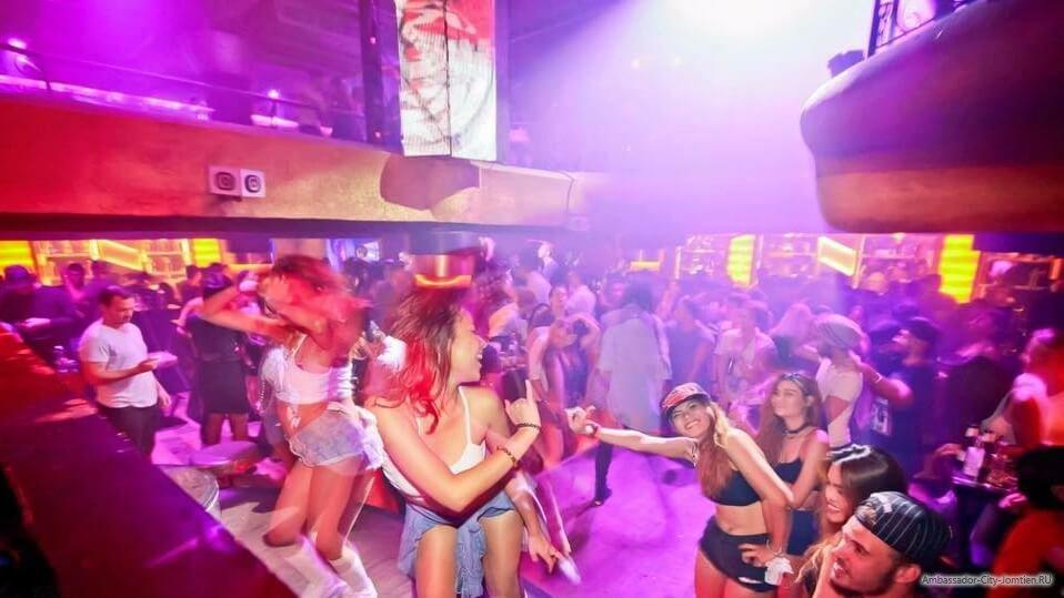 Развлечение в ночных клубах секс